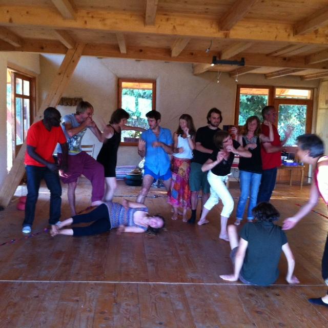 Atelier Jeux Coopératifs au Centre la Maison de Paille