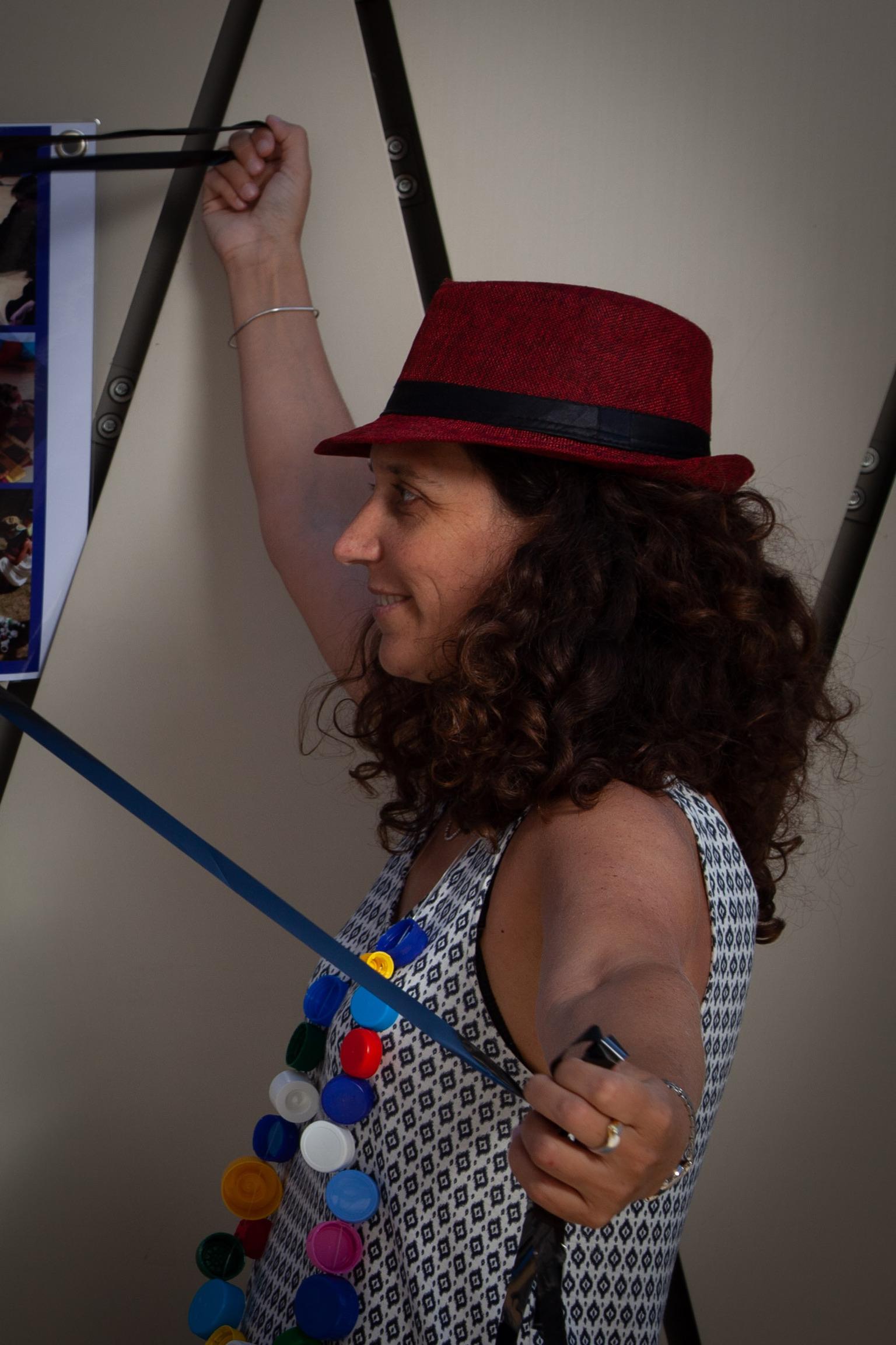 Carole-lyne Klay :project manager, formatrice, animatrice, chargée de communication, community manager, webmaster  Jeux Coopératifs @Damien Durandière