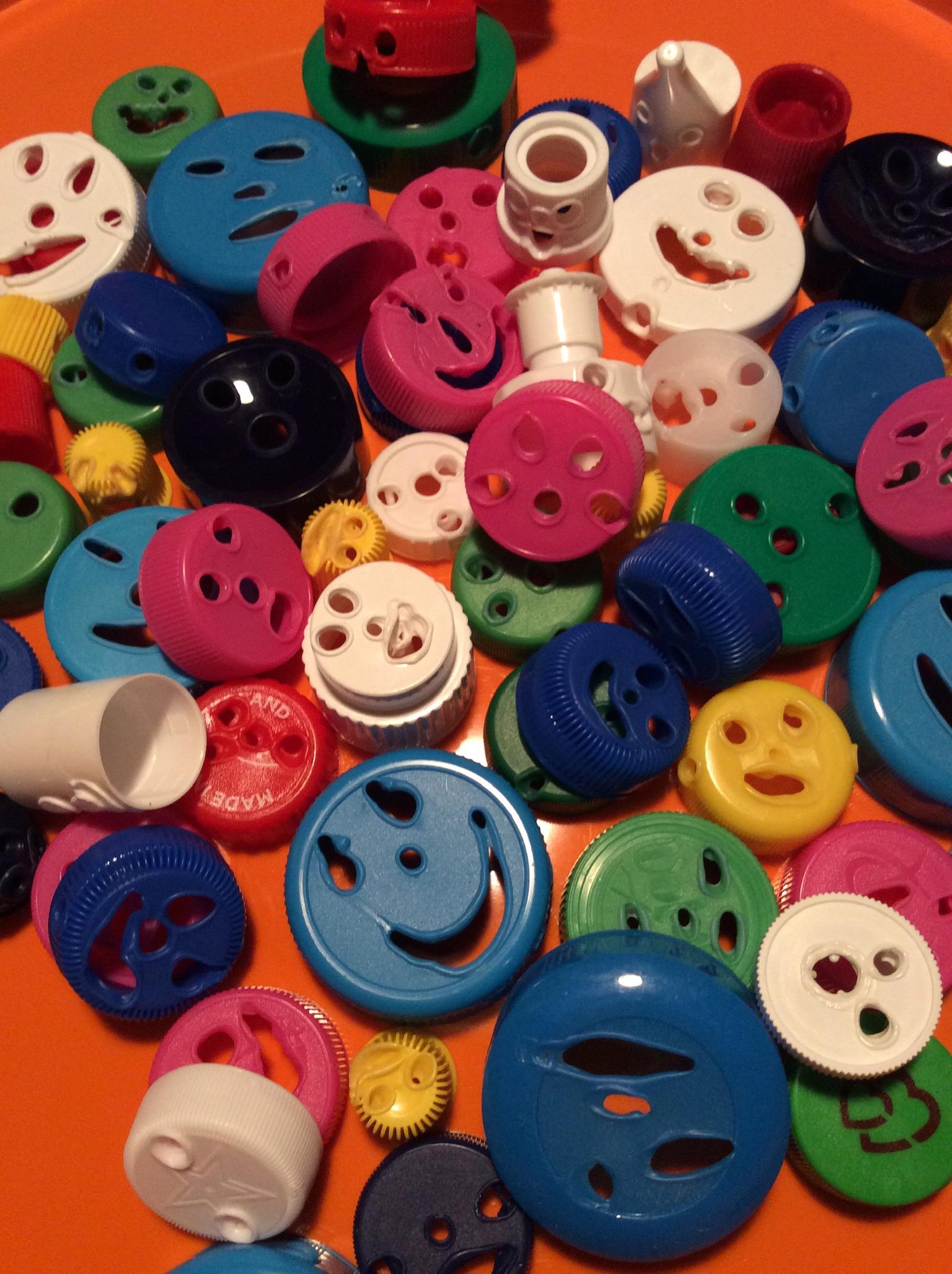 Bouchons recyclés pour nos Jeux Coopératifs